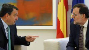 Rajoy compra apoyos