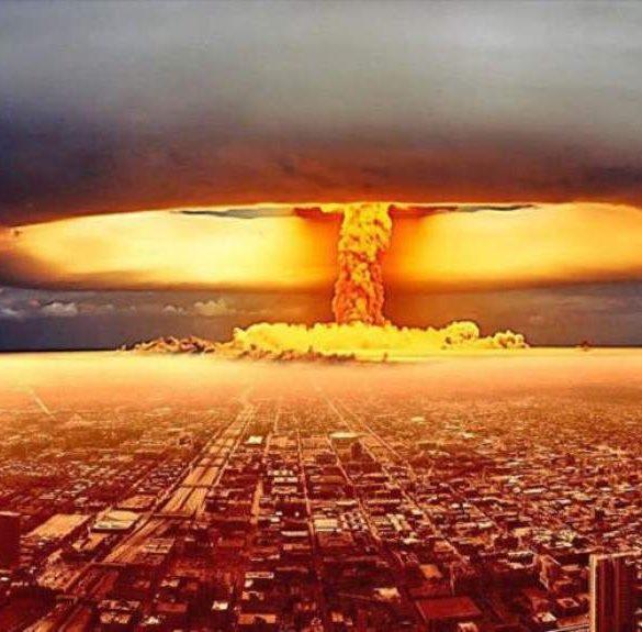 La bomba atómica de la manipulación