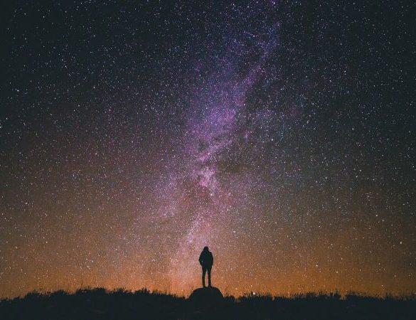 Mira hacia las estrellas