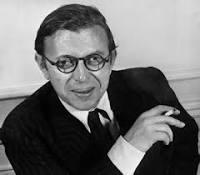 Nekrassov, crítica teatral
