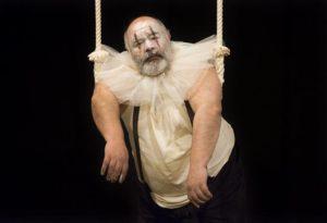 Pinito, sombras de un trapecio; crítica teatral