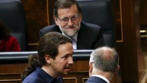 Iglesias y Rajoy en investidura de Sánchez