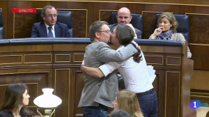 beso_Pablo Iglesias y Domenech