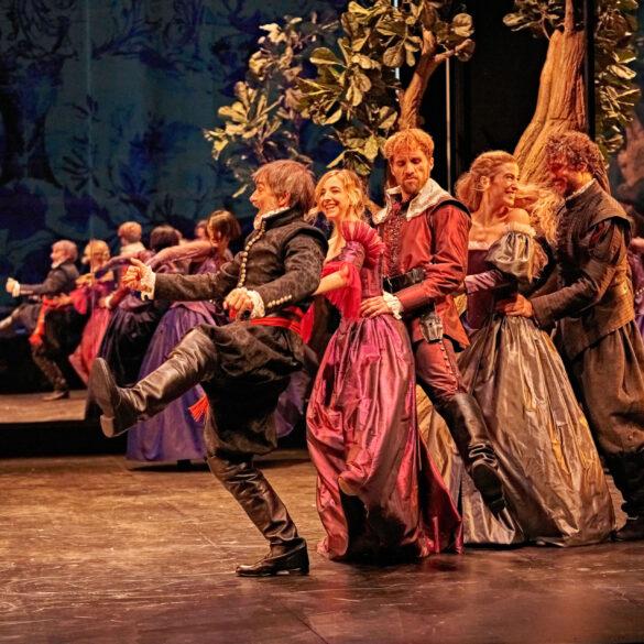 El vergonzoso en palacio, crítica teatral