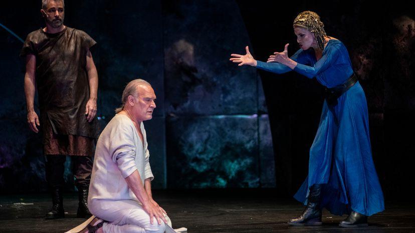 Antonio y Cleopatra, crítica teatral