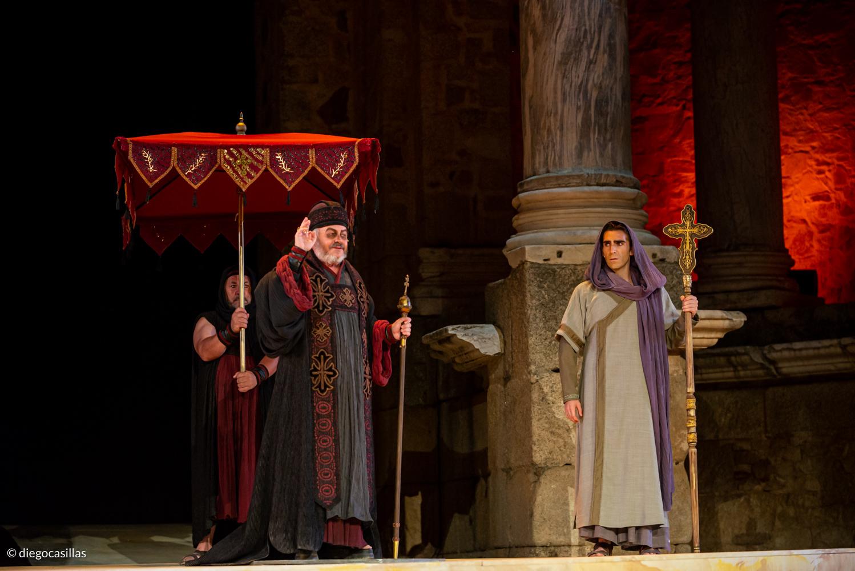 Hipatia de Alejandría, crítica teatral